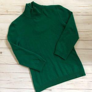 100% cashmere mock turtleneck. Emerald green small
